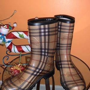 Authentic Burberry rainboots